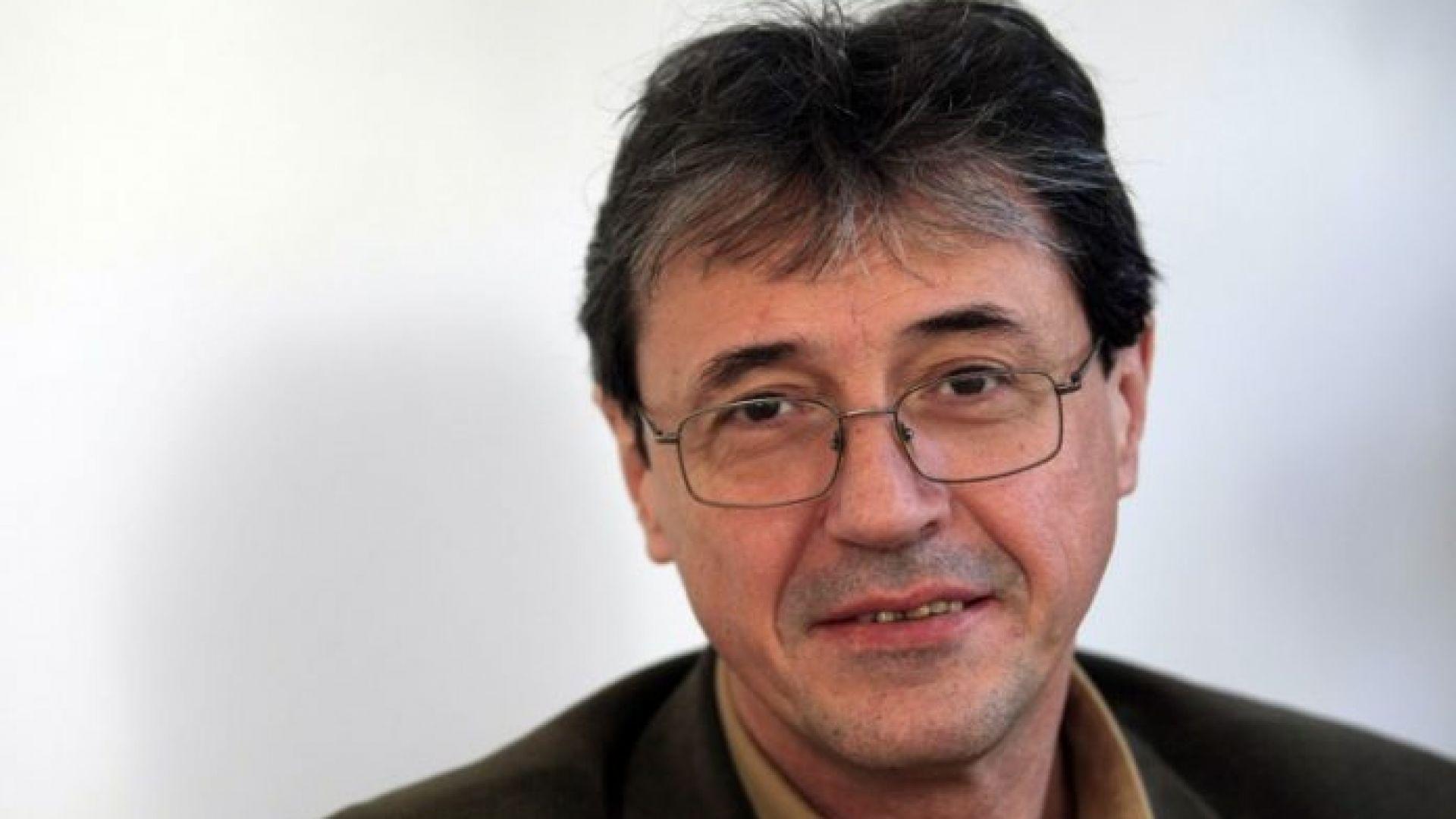 Политолог: Отстраняването на Волен Сидеров от председателското място на ОП е закъсняло