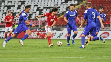 Люпко Петрович критикува играчите на ЦСКА след грешката на старта