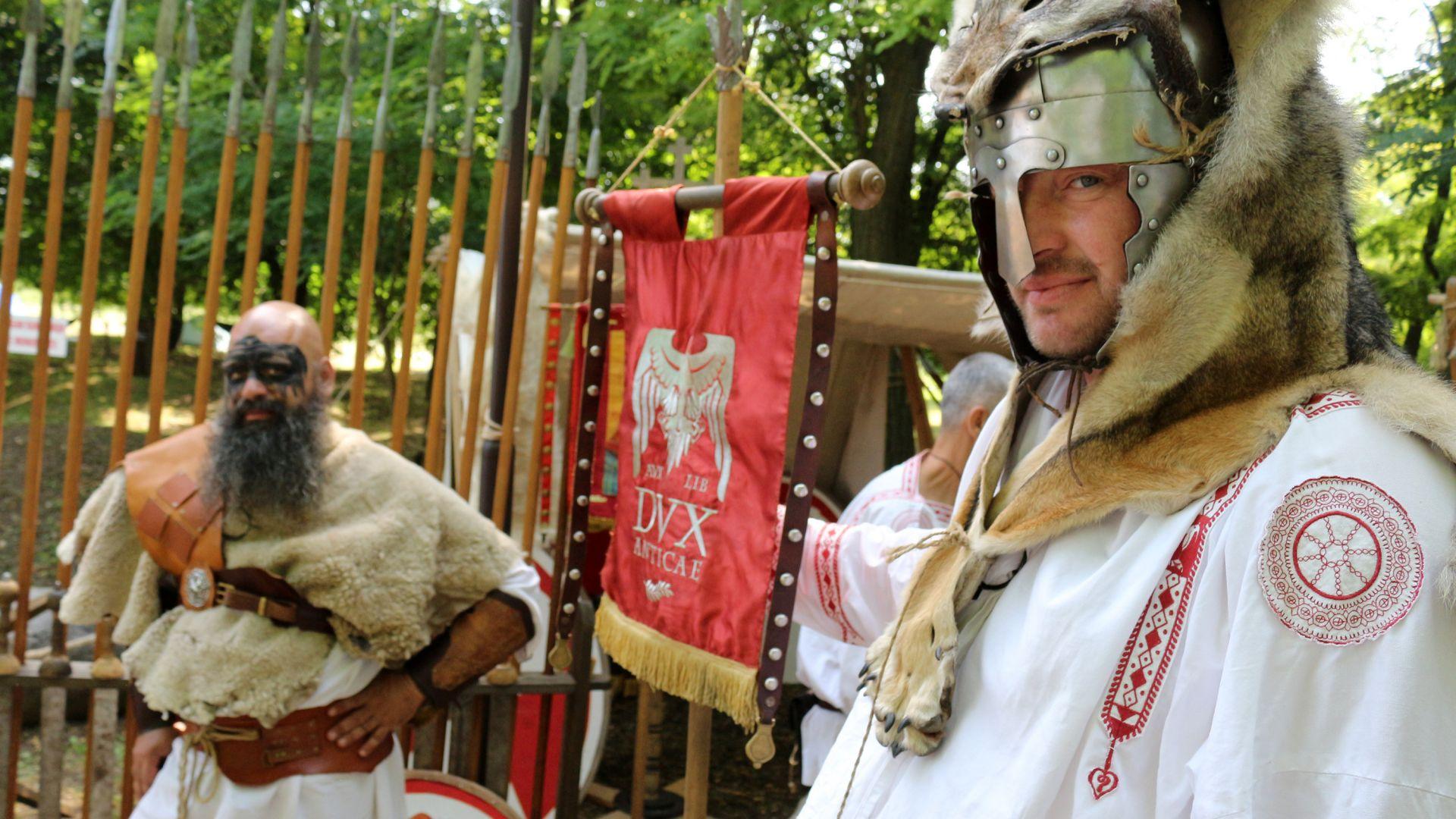 Античен римски фестивал в село Никюп