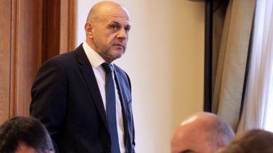 Дончев: Има скрито желание президентът да бъде конструктор на нова тройна коалиция
