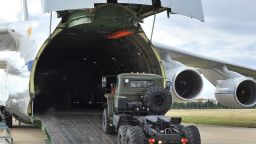 Десети самолет  с компоненти за С-400  пристигна в Турция