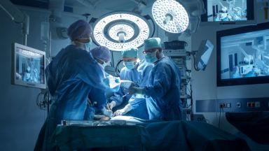 Махнаха огромен тумор от гърдата на столетница
