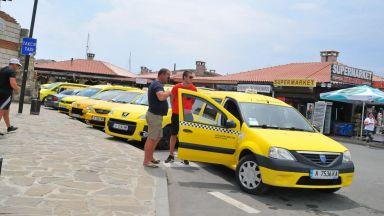 Пиян швед открадна такси в Несебър и катастрофира