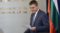 Горанов: Около 3 процента от базата данни на НАП е засегната