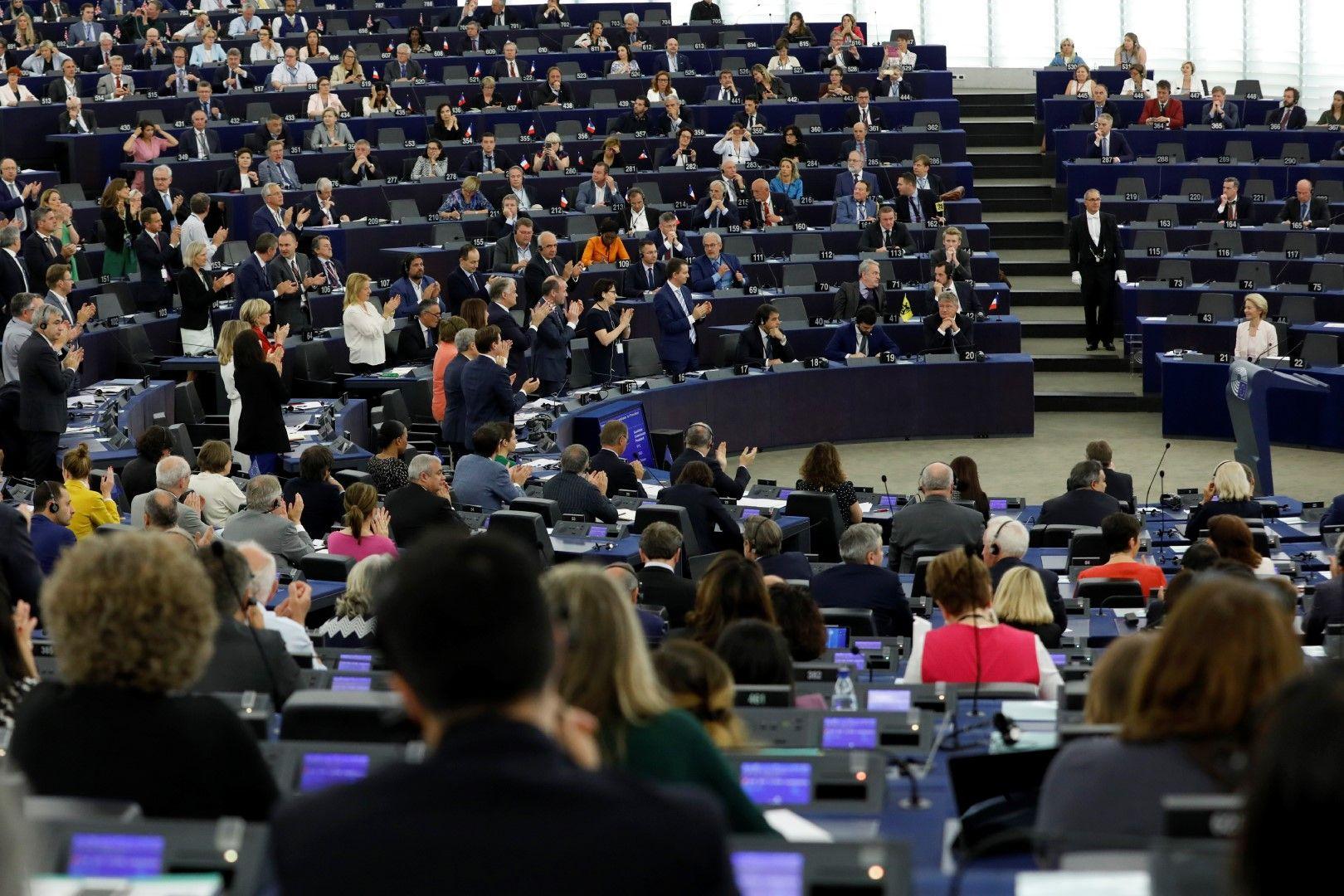 Урсула фон дер Лайен по време на изслушването в Европейския парламент