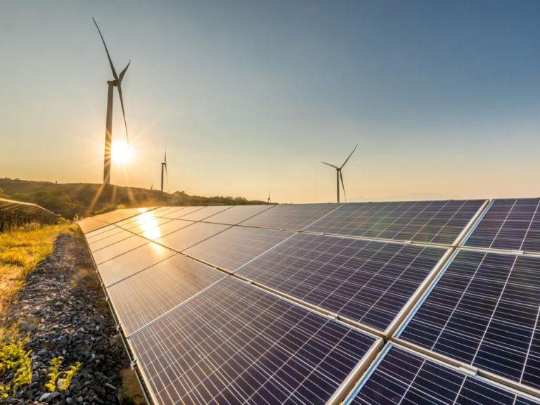 Германия произвежда половината си ток от ВЕИ
