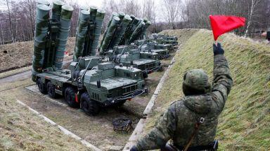 """Руска армия се прехвърли в Сърбия, пробва за пръв път в чужбина С-400 и батареи """"Панцир-С"""""""