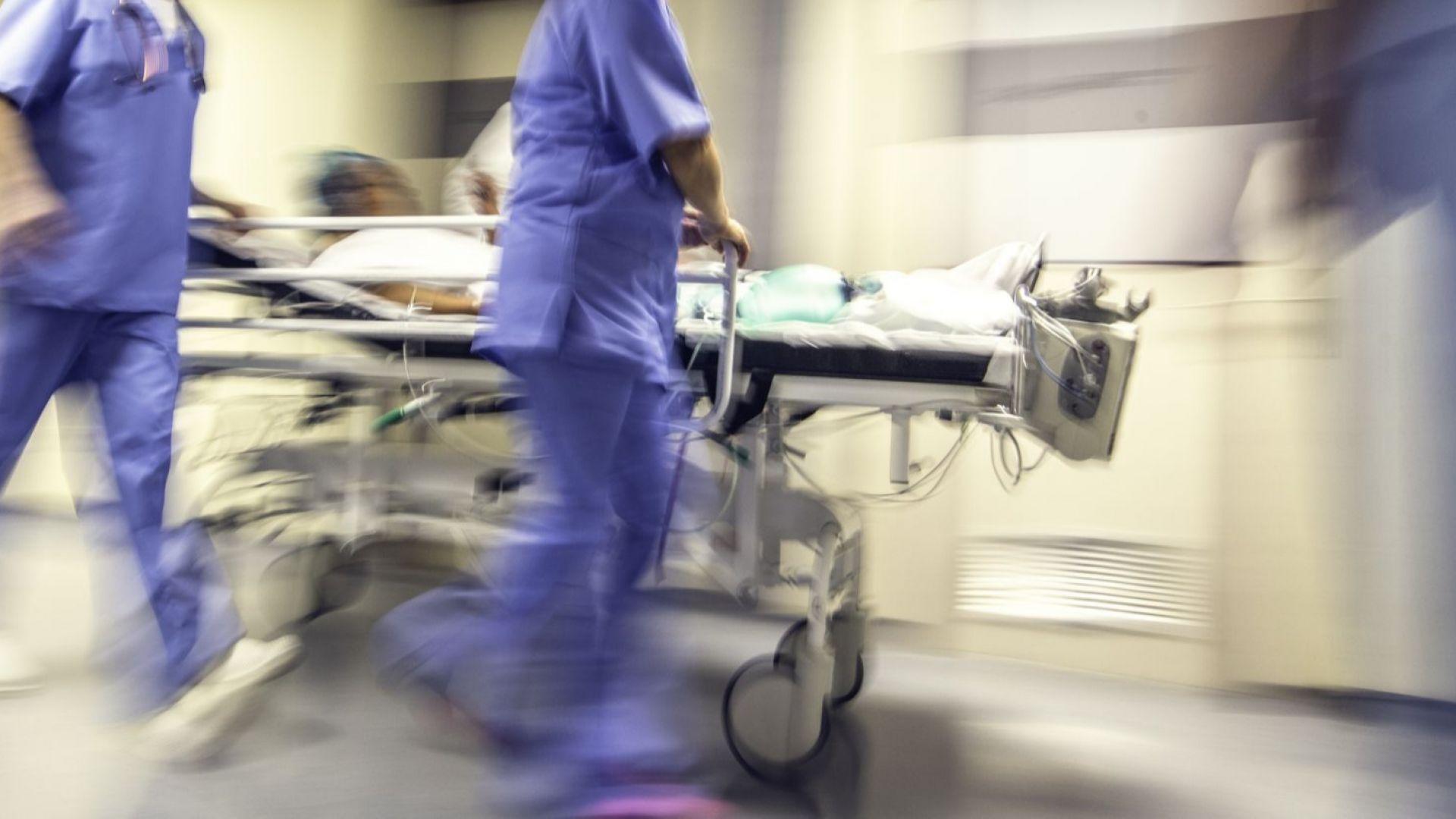 КНСБ: Над 55 процента от здравните работници се трудят под стрес