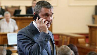Парламентът гласува допълнителните 2,1 млрд. лева за 8-те Ф-16