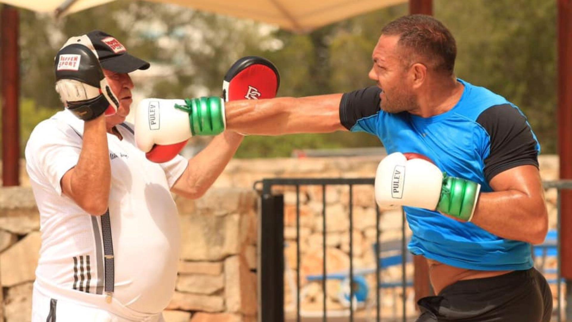 Тренират Кубрат Пулев от болницата
