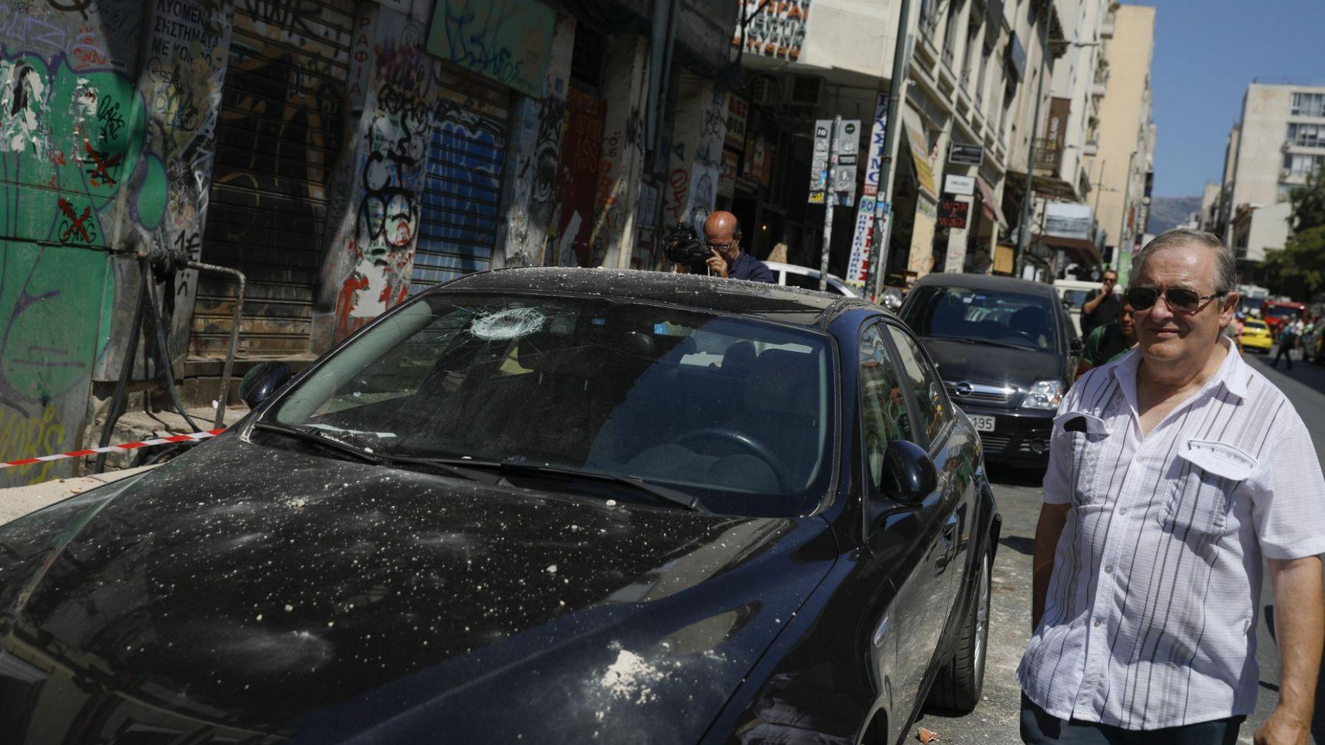 Атина след 5.2 по Рихтер, има ранени (снимки)