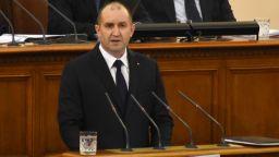 Ваканция или вето? Игра на нерви между парламент и президент