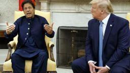 Пакистан помогнали на ЦРУ да открият и убият Осама бин Ладен
