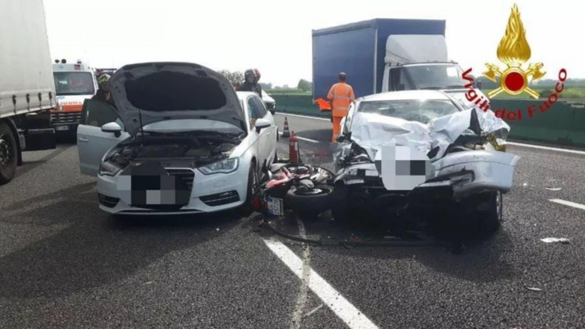 Българин загина при тежка катастрофа с 4 коли, камион и мотор в Италия