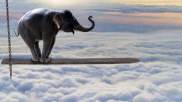 Колко тежи един облак? Колкото 100 слона (снимки)