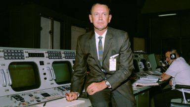 Почина първият ръководител на космически полети на НАСА Крис Крафт