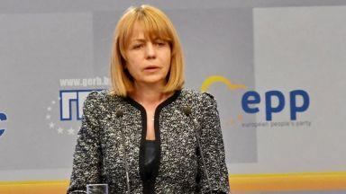 Фандъкова обявява през септември дали ще се кандидатира за нов мандат