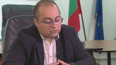 "Обвиняемият Калоян Костадинов отново на работа в ДФ ""Земеделие"""