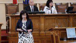 Още двама депутати са заразени с коронавируса