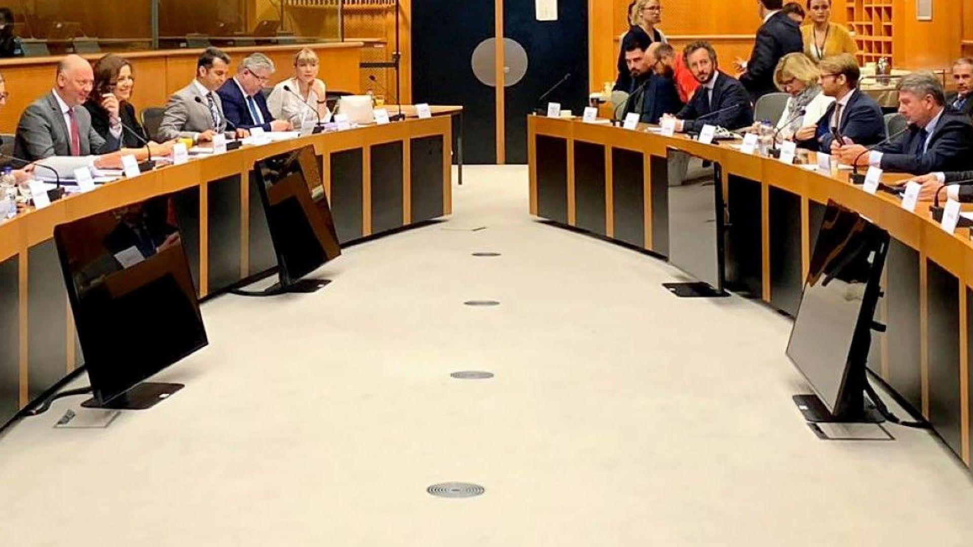 """Росен Желязков събира подкрепа в ЕС срещу пакета """"Мобилност 1"""""""