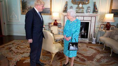 Борис Джонсън отрече да е излъгал кралицата защо се налага парламентът да не работи