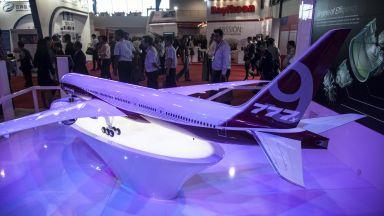 Боинг отложи пърия полет на 777Х заради лошо време