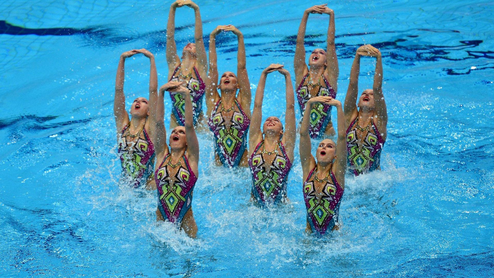 Шампионка в синхронното плуване разказа за ползата от небръснатите крака