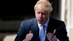 Борис Джонсън разпореди преглед на осъждането на опасни престъпници