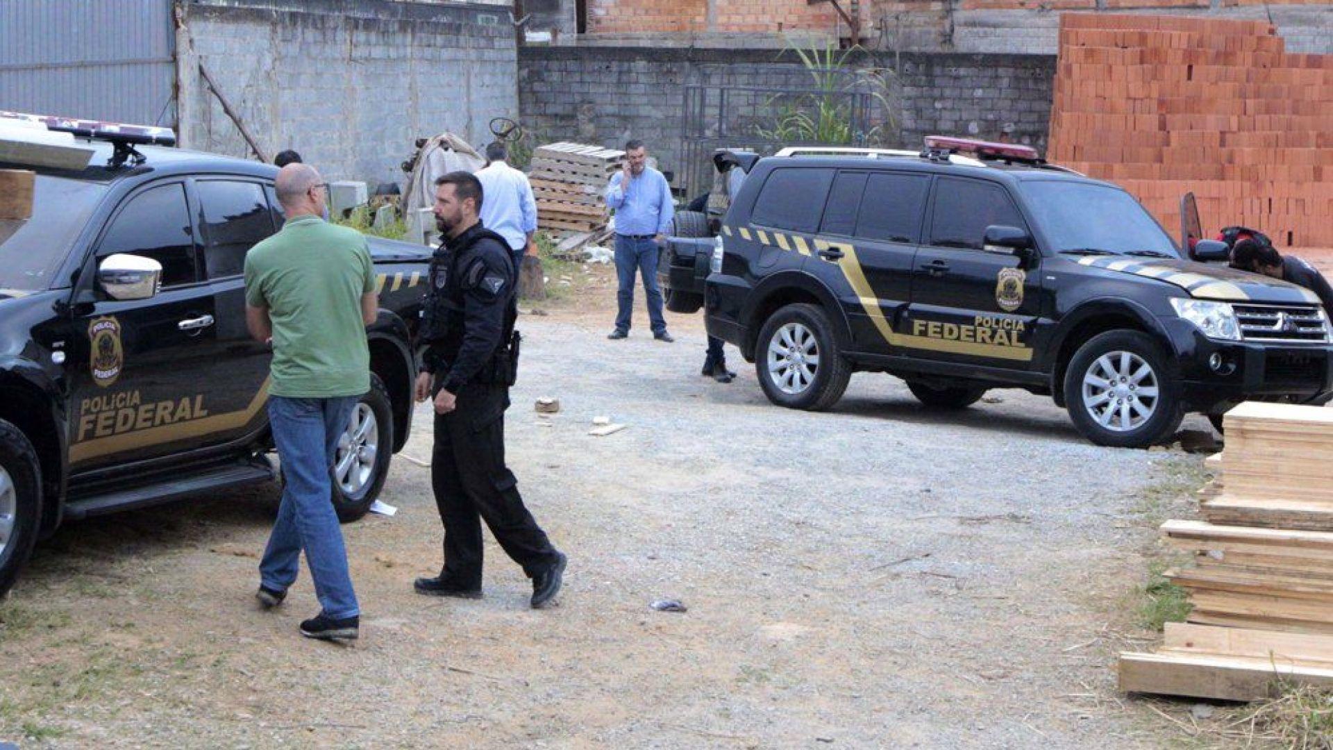 Фалшиви полицаи задигнаха злато за $40 млн. при зрелищен обир на летището в Сао Пауло