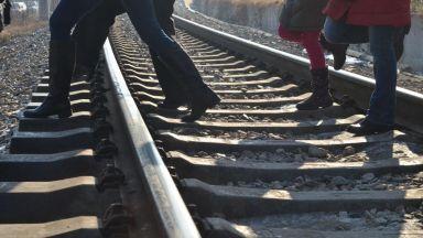Възрастен мъж сложи край на живота си пред влак