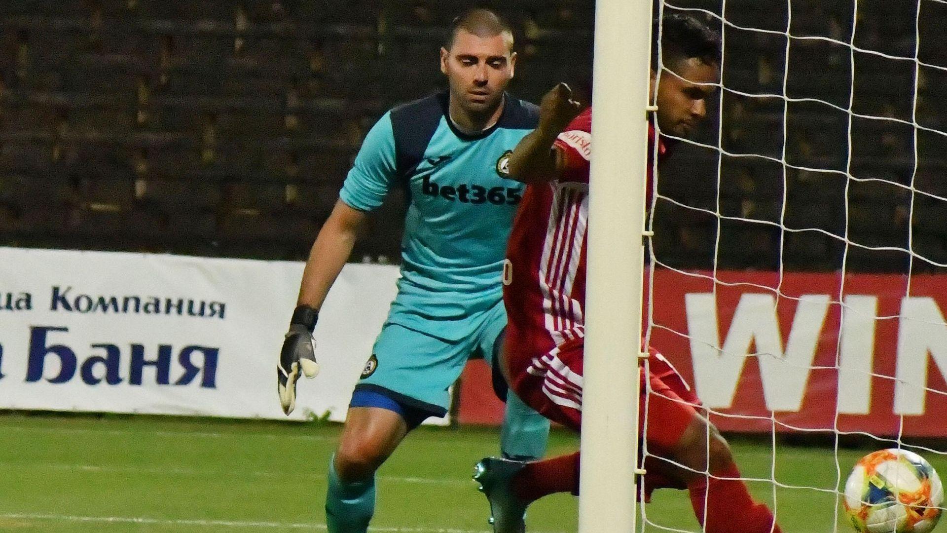 Бразилец и късметът дадоха най-после първа победа на ЦСКА
