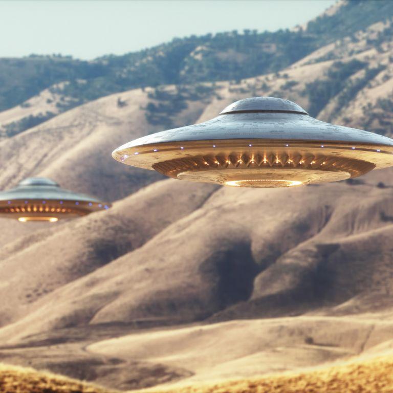 Астронавт: Ако смятате, че НЛО са извънземни, значи сте идиоти