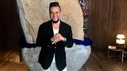 """Евгени Минчев е новият изпълнител на """"Гълъбо"""""""