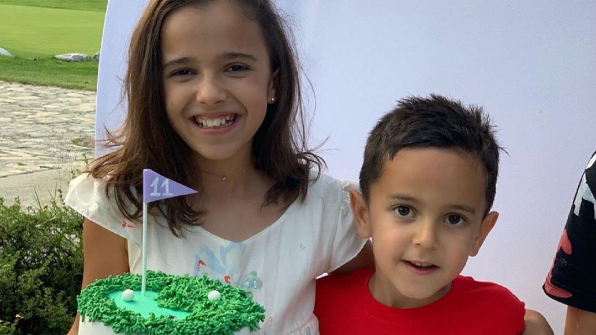 Марая на Мария празнува 11-и рожден ден с брат си в планината