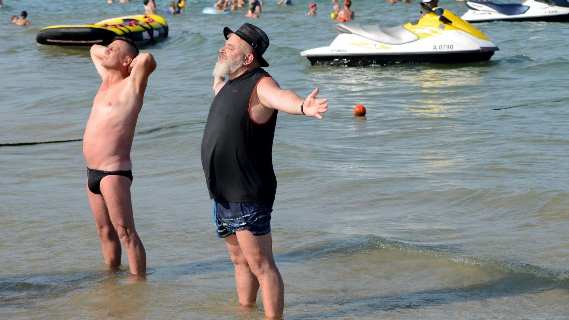 В опит да се спаси туристическият сезон в Слънчев бряг,