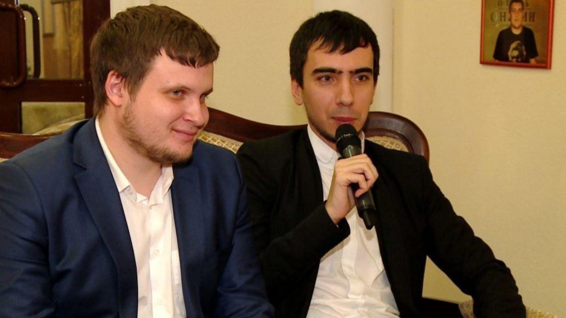 Руските комици Владимир Кузнецов и Алексей Столяров, известни като Вован