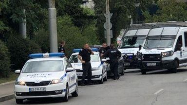 Въоръжен грабеж е извършен на пътя край Елин Пелин
