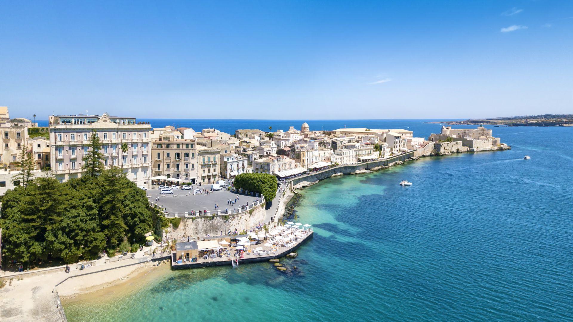 """Сицилия привлича туристи с """"етичен туризъм"""""""