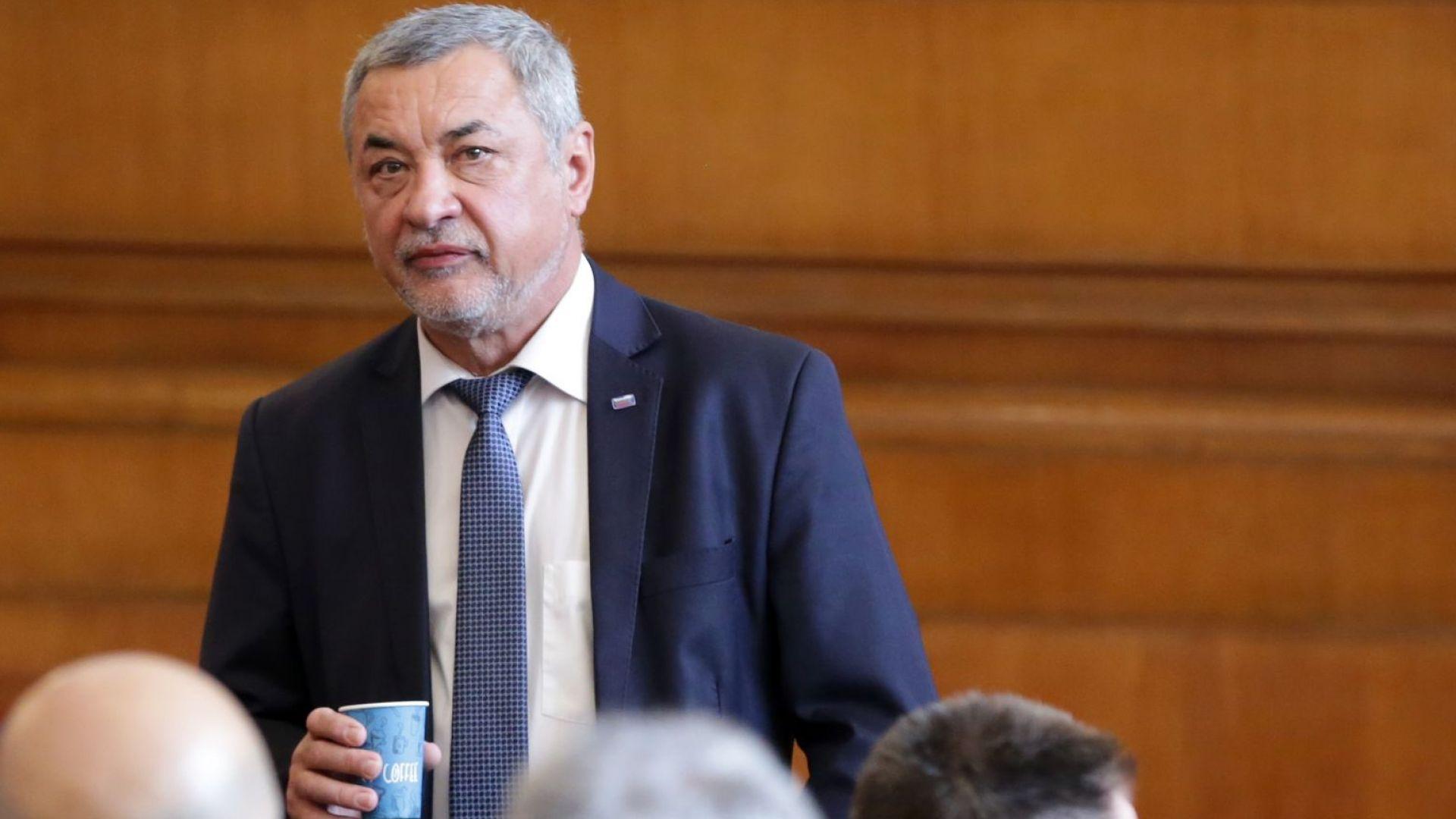 Избраха Валери Симеонов за зам.-председател на Народното събрание