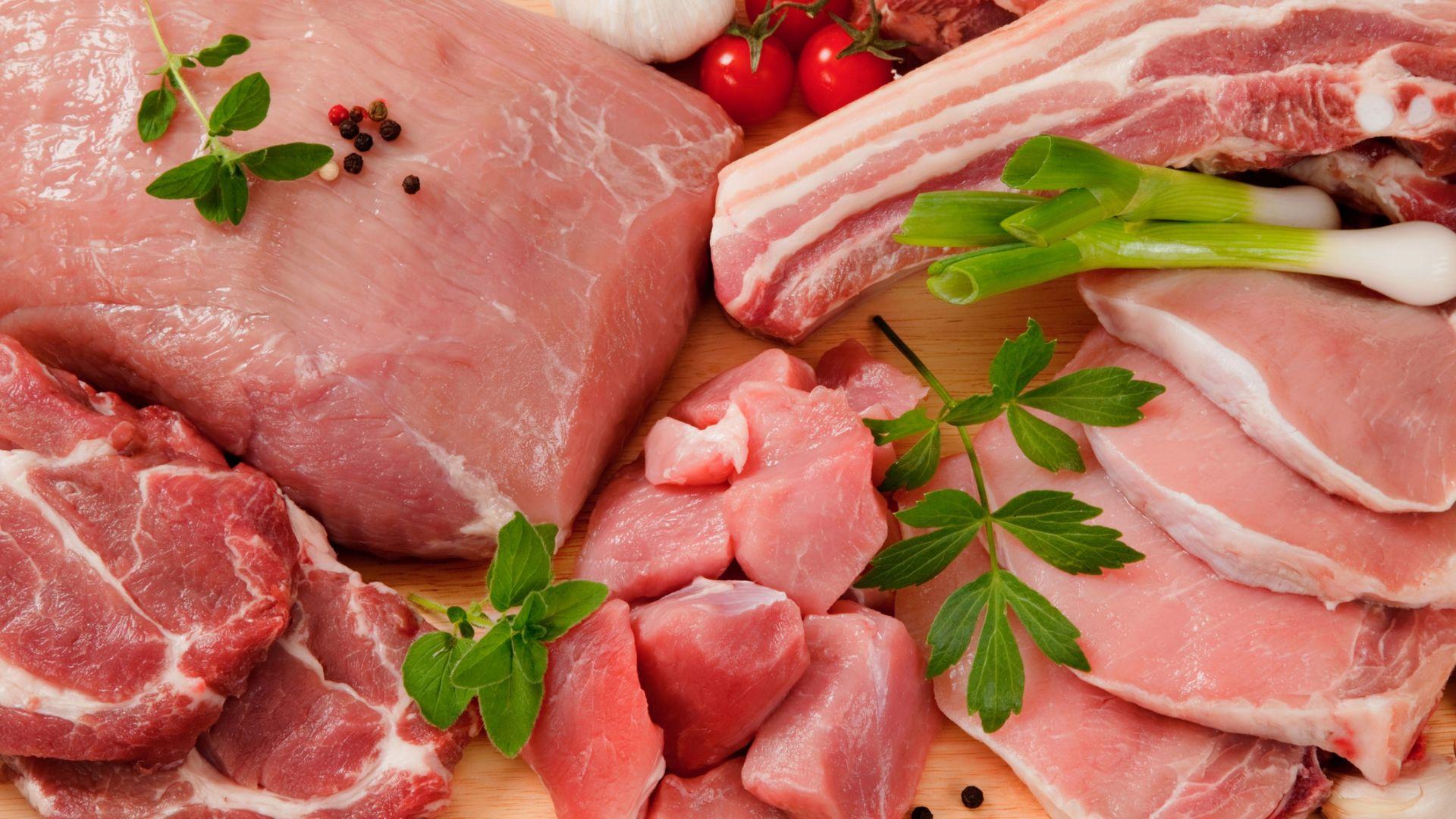 Гърция забрани вноса на свинско месо от България