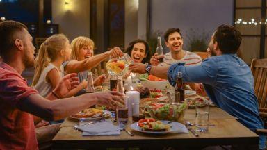 Как да превърнете дома си в прекрасно място за вечерни летни забавления