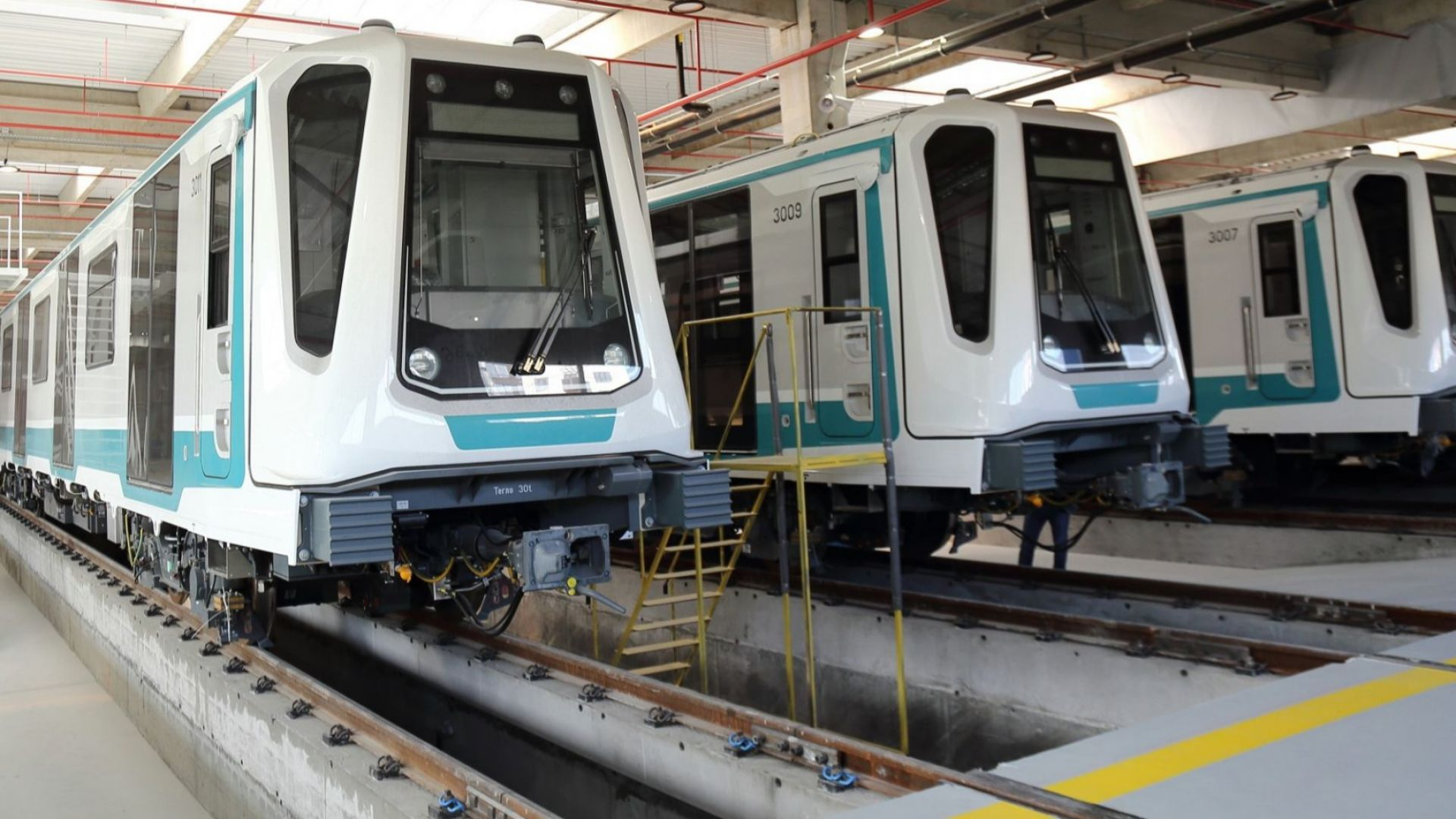 Отлагат пускането на третия лъч на метрото за февруари 2020 г. (снимки)