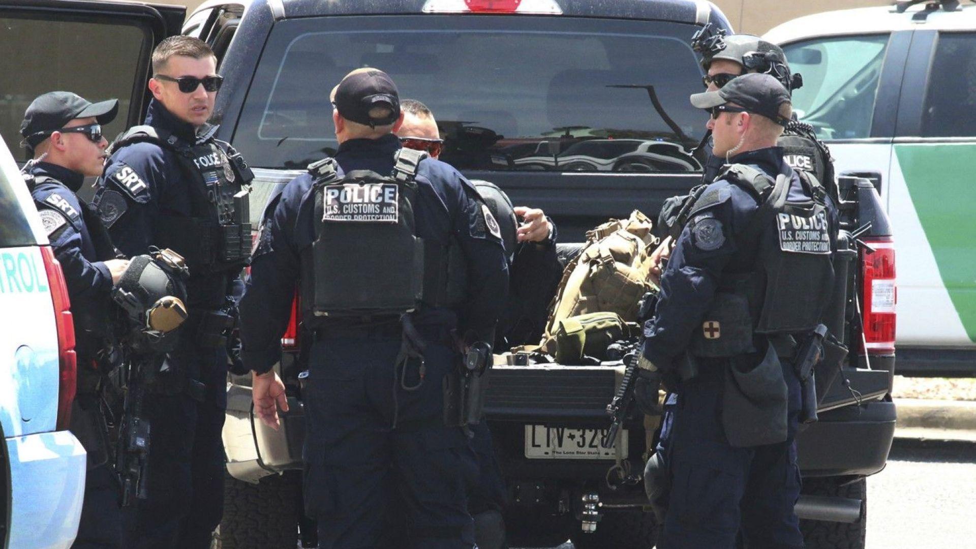 Кървав ден в Тексас: Поне 20 убити при стрелба в търговски център в Ел Пасо