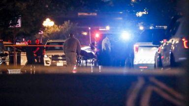 Над 100 са жертвите, убити в 11 масови стрелби в САЩ за 2 години