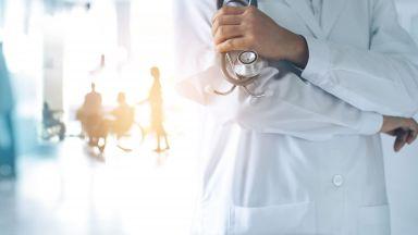 НЗОК вкарва лечението на коронавируса в клинични пътеки