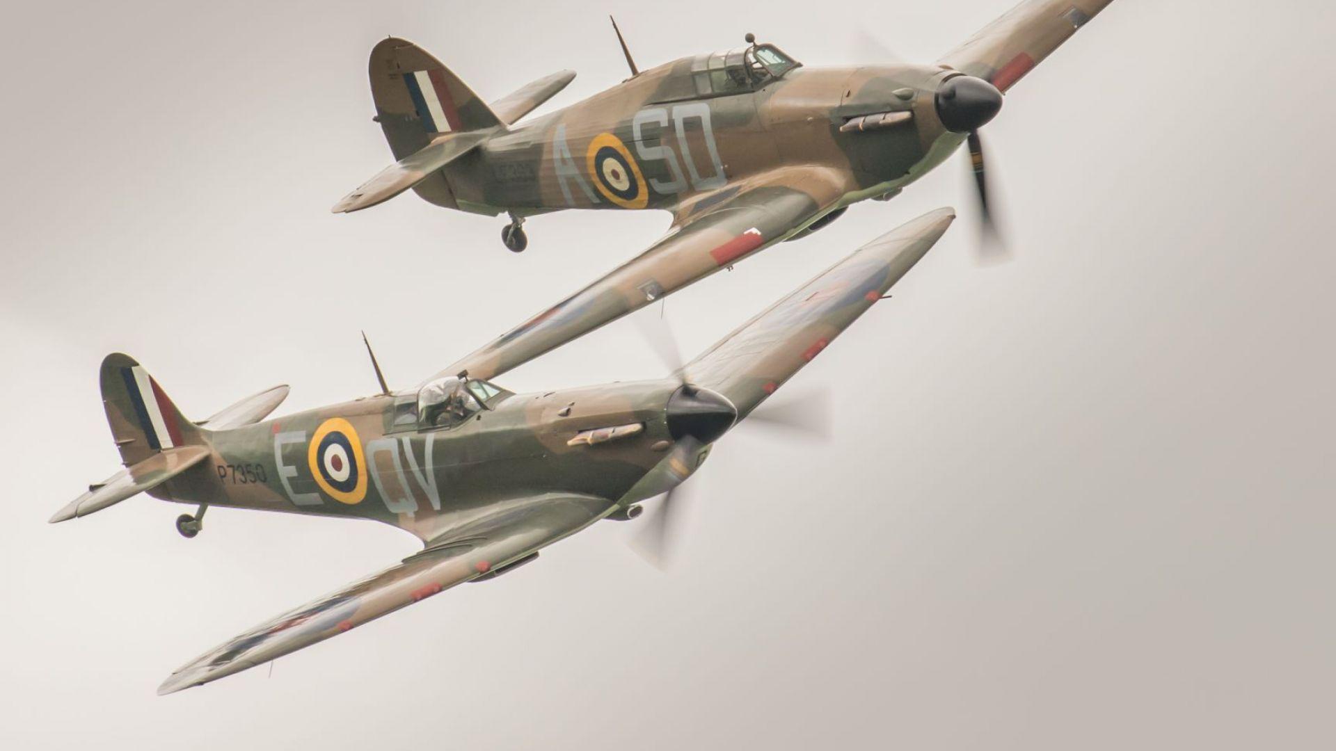Снимка: Британци правят околосветски полет със Спитфайър на 76 г.