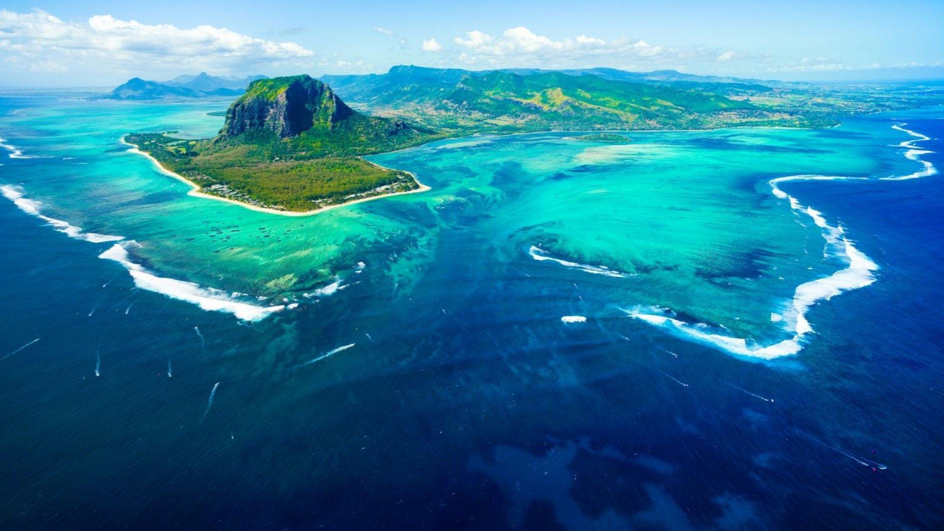 Полет над Рая в остров Мавриций
