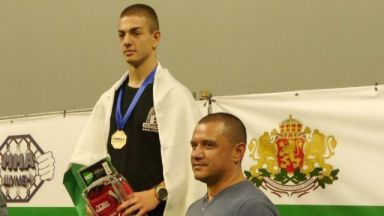 България с двама шампиони от Световно по ММА