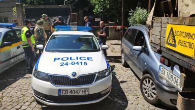 Пенсионер откри снаряд от ВСВ в мазето си в София (снимки)