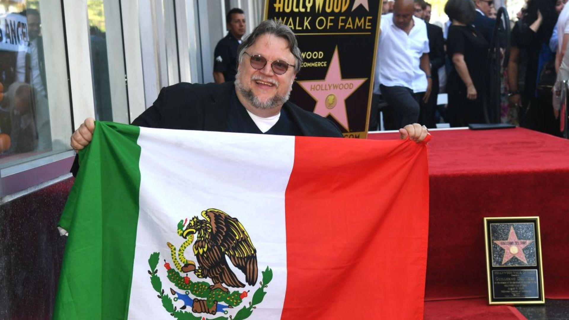 Гийермо дел Торо посвети своята звезда на Алеята на славата на Мексико и имигрантите